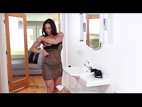 10 Min HD PureMature Sexy Kitten Kendra Lust Gets Pussy Pounded 10 Min Youporn Xxx