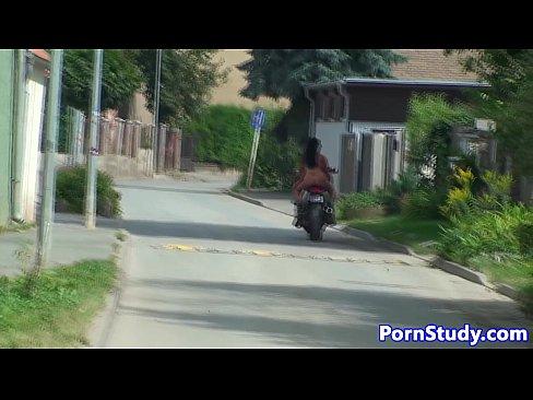 http://img-l3.xvideos.com/videos/thumbslll/98/f3/01/98f3019f46fffabbe75555a07e25f768/98f3019f46fffabbe75555a07e25f768.30.jpg