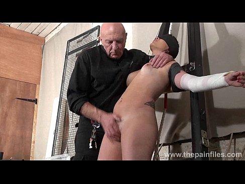 http://img-l3.xvideos.com/videos/thumbslll/99/6b/0d/996b0ddb4128a249596b5b2f570b4113/996b0ddb4128a249596b5b2f570b4113.26.jpg