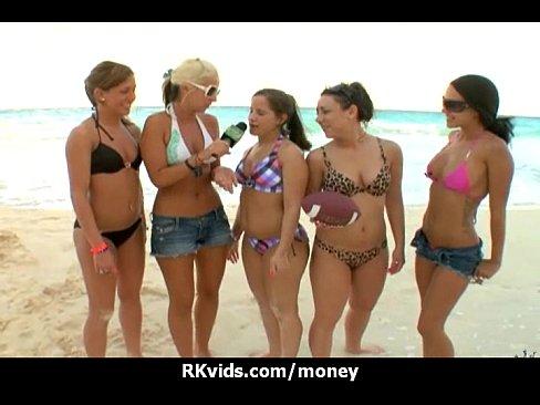 http://img-l3.xvideos.com/videos/thumbslll/9d/eb/03/9deb037fcffd8fba8d0b62a9764ec25a/9deb037fcffd8fba8d0b62a9764ec25a.14.jpg