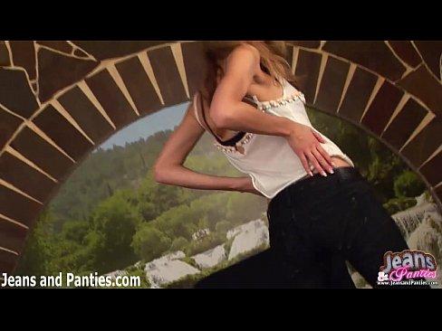 http://img-l3.xvideos.com/videos/thumbslll/aa/ac/99/aaac999710d71bbec8a8ce57522ce6b3/aaac999710d71bbec8a8ce57522ce6b3.2.jpg