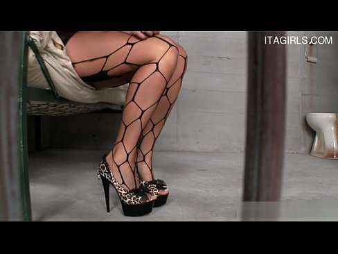 http://img-l3.xvideos.com/videos/thumbslll/aa/f1/e2/aaf1e2bb2c222e67bdbe0005be8d094c/aaf1e2bb2c222e67bdbe0005be8d094c.1.jpg