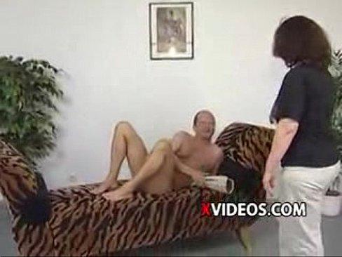 http://img-l3.xvideos.com/videos/thumbslll/b1/9f/af/b19faf5770a0690f3271eeec1b55e631/b19faf5770a0690f3271eeec1b55e631.1.jpg