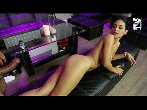 http://img-l3.xvideos.com/videos/thumbslll/b5/1b/a9/b51ba90ec32d91b62cf3a559a407b2f5/b51ba90ec32d91b62cf3a559a407b2f5.29.jpg