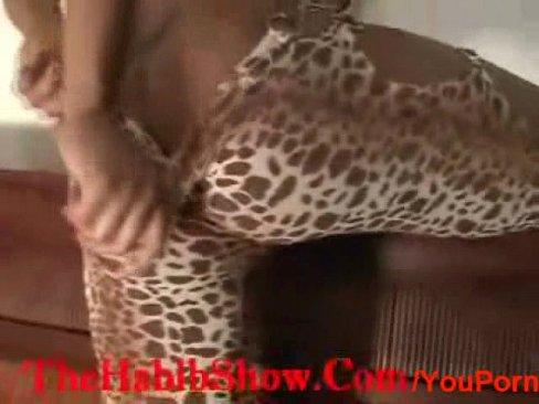 http://img-l3.xvideos.com/videos/thumbslll/b8/73/71/b87371f1e084f36c71b16e02a08fe7c8/b87371f1e084f36c71b16e02a08fe7c8.3.jpg