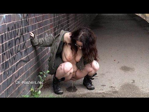 http://img-l3.xvideos.com/videos/thumbslll/b9/d3/38/b9d338d3179b8f41d196422eab8ddfa3/b9d338d3179b8f41d196422eab8ddfa3.3.jpg