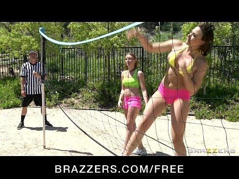 http://img-l3.xvideos.com/videos/thumbslll/b9/d6/b3/b9d6b3892bb31d615795a7f7d696fd3b/b9d6b3892bb31d615795a7f7d696fd3b.5.jpg