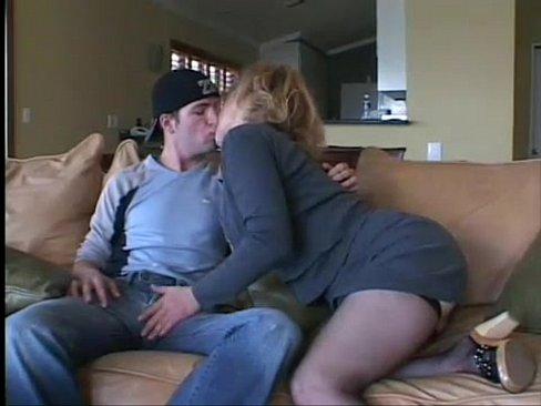 http://img-l3.xvideos.com/videos/thumbslll/be/28/73/be2873ec60a1badb55fcfd320353a97f/be2873ec60a1badb55fcfd320353a97f.3.jpg