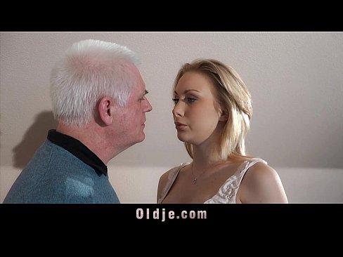 http://img-l3.xvideos.com/videos/thumbslll/c2/14/31/c214317573c412ad34e729e0937acd2a/c214317573c412ad34e729e0937acd2a.5.jpg