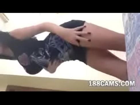 http://img-l3.xvideos.com/videos/thumbslll/c3/e5/b7/c3e5b7ba33e386dd40d191c09cbe601f/c3e5b7ba33e386dd40d191c09cbe601f.15.jpg