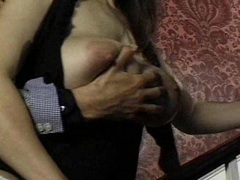 http://img-l3.xvideos.com/videos/thumbslll/c4/f0/e3/c4f0e32ea7984b6824b6540d553df13e/c4f0e32ea7984b6824b6540d553df13e.6.jpg