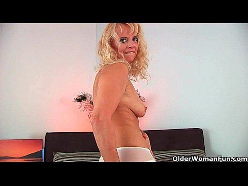 http://img-l3.xvideos.com/videos/thumbslll/c5/aa/01/c5aa013bd00b97e1b23c587ed9b625d6/c5aa013bd00b97e1b23c587ed9b625d6.8.jpg