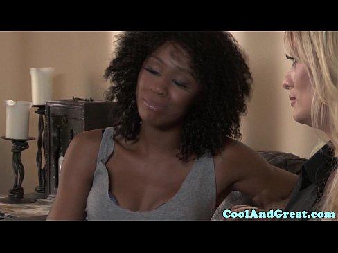 http://img-l3.xvideos.com/videos/thumbslll/c9/02/ab/c902abf1761cfd04f1a93b92b0141399/c902abf1761cfd04f1a93b92b0141399.6.jpg