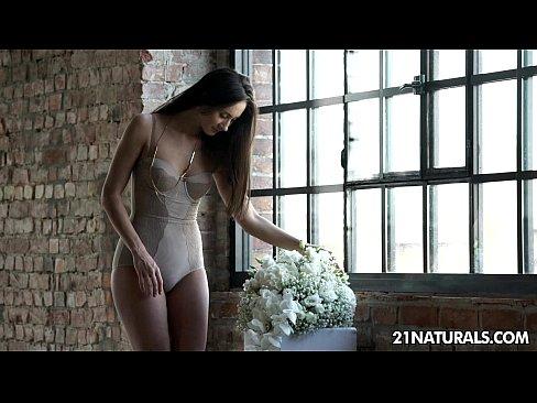 http://img-l3.xvideos.com/videos/thumbslll/cf/68/cf/cf68cfdd21cb660a3a063d692dc26c59/cf68cfdd21cb660a3a063d692dc26c59.4.jpg