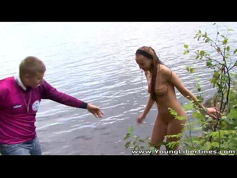 http://img-l3.xvideos.com/videos/thumbslll/d0/db/91/d0db91b7f95e918803745cc3cf1a3c7c/d0db91b7f95e918803745cc3cf1a3c7c.4.jpg