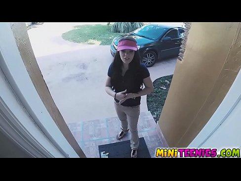 http://img-l3.xvideos.com/videos/thumbslll/d4/b0/fa/d4b0fa3ea5661407d9d872cc7153f68b/d4b0fa3ea5661407d9d872cc7153f68b.1.jpg