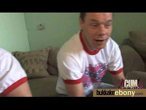 http://img-l3.xvideos.com/videos/thumbslll/d5/37/0f/d5370f78c73cd8abe4361b30d3909333/d5370f78c73cd8abe4361b30d3909333.15.jpg