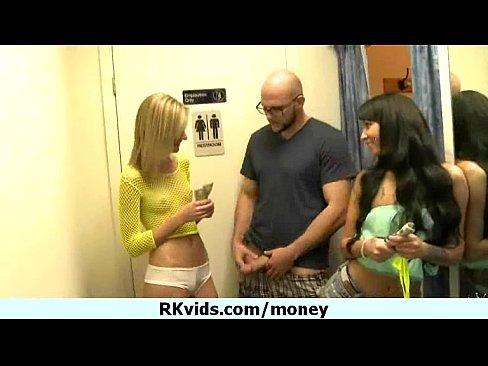 http://img-l3.xvideos.com/videos/thumbslll/d6/d8/65/d6d865797cb167b95168c471e25ea84e/d6d865797cb167b95168c471e25ea84e.17.jpg