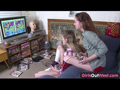 http://img-l3.xvideos.com/videos/thumbslll/d8/d4/1c/d8d41c099d5a461f40efb86c18e12891/d8d41c099d5a461f40efb86c18e12891.5.jpg