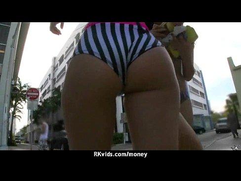 http://img-l3.xvideos.com/videos/thumbslll/dd/66/d0/dd66d0e893a9db7f746a2dd90b58df05/dd66d0e893a9db7f746a2dd90b58df05.15.jpg