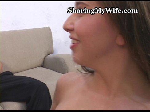 http://img-l3.xvideos.com/videos/thumbslll/de/e3/6b/dee36bd55aa9f5113a9d1d251723496c/dee36bd55aa9f5113a9d1d251723496c.29.jpg