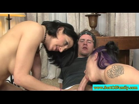 http://img-l3.xvideos.com/videos/thumbslll/e3/1b/f2/e31bf2b753965b1ee51e3ddfe0360dc7/e31bf2b753965b1ee51e3ddfe0360dc7.15.jpg