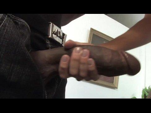 http://img-l3.xvideos.com/videos/thumbslll/e3/5b/9e/e35b9ee68bc1b3d50f7b3b37284654a7/e35b9ee68bc1b3d50f7b3b37284654a7.1.jpg
