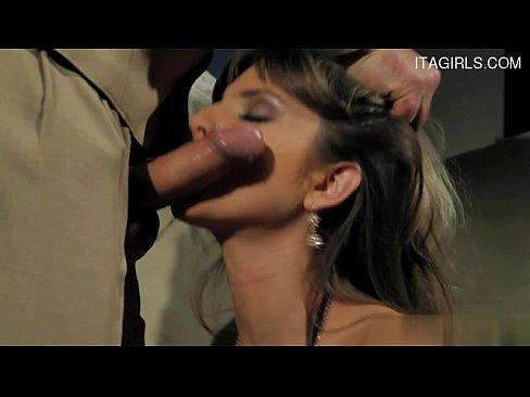 http://img-l3.xvideos.com/videos/thumbslll/e8/2f/40/e82f403d1cff32daab7d2a11fe1fed70/e82f403d1cff32daab7d2a11fe1fed70.7.jpg