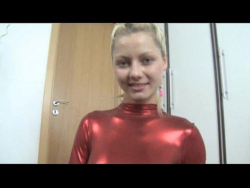 http://img-l3.xvideos.com/videos/thumbslll/e9/eb/d5/e9ebd536a4dd808245db4fbcc464c02f/e9ebd536a4dd808245db4fbcc464c02f.1.jpg