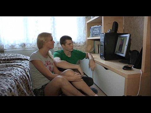 http://img-l3.xvideos.com/videos/thumbslll/eb/b1/05/ebb105f5a2dff32ff6c6b37671281e95/ebb105f5a2dff32ff6c6b37671281e95.1.jpg