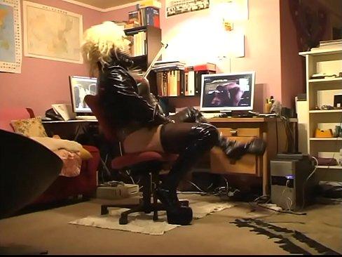 http://img-l3.xvideos.com/videos/thumbslll/ef/56/e5/ef56e545992e64b5d985e17e14c6e731/ef56e545992e64b5d985e17e14c6e731.15.jpg