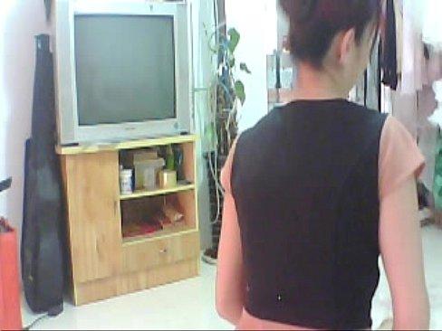 http://img-l3.xvideos.com/videos/thumbslll/f2/b9/11/f2b9114ec1f6ce2ee3e044ad378bf173/f2b9114ec1f6ce2ee3e044ad378bf173.8.jpg