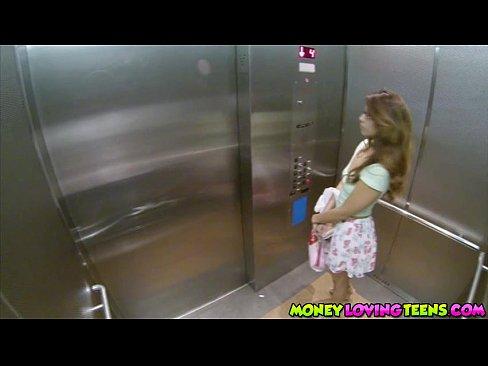 http://img-l3.xvideos.com/videos/thumbslll/f6/f8/1b/f6f81b88957f6c40a8fa3cd314518615/f6f81b88957f6c40a8fa3cd314518615.2.jpg